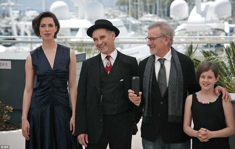 342889F400000578-3590549-Actors_Rebecca_Hall_Mark_Rylance_director_Steven_Spielberg_and_a-a-26_1463246035093