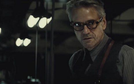 batman v superman alfred