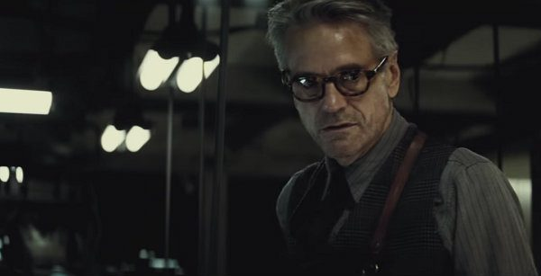 batman v superman alfred