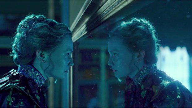 Alice attraverso lo specchio recensione