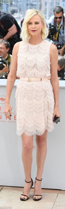 charlize cannes 69