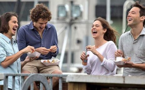 Matilda Lutz protagonista della nuova clip italiana di L'estate Addosso