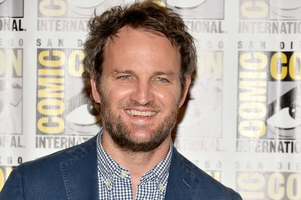 Jason Clarke raggiunge Helen Mirren nel ghost movie Winchester