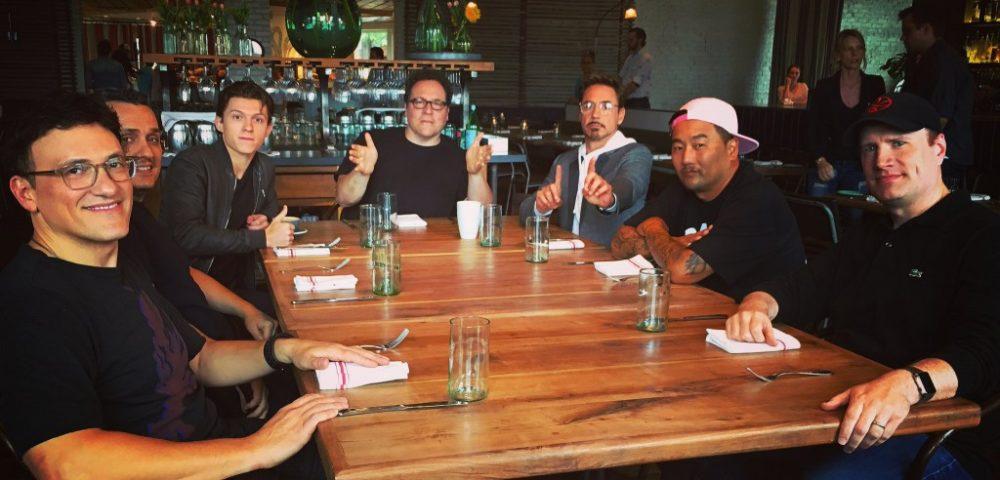 Robert Downey jr con una foto svela un nuovo progetto Marvel con Jon Favreau