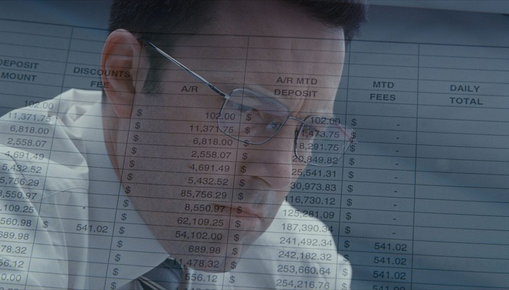 Foto, poster e nuovo trailer italiano per The Accountant, il thriller con Ben Affleck