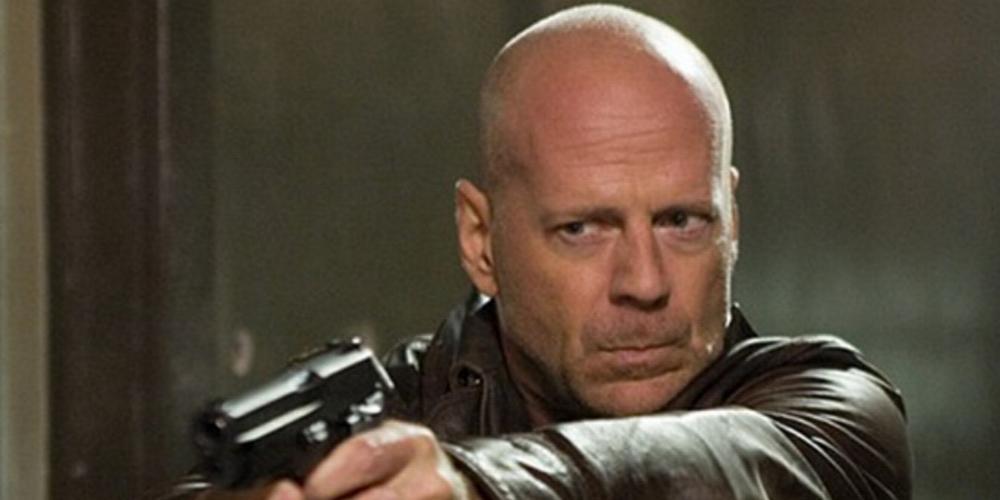 Tutti vogliono uccidere Bruce Willis, ecco il pazzo video mash-up che appassiona il web