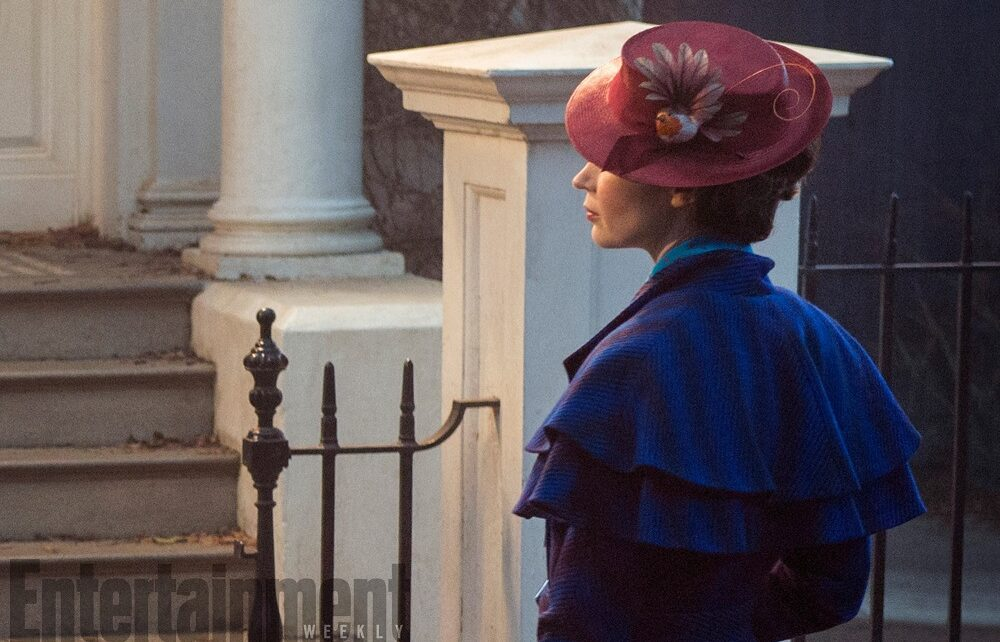 Da #EntertainmentWeekly un primo sguardo ad #EmilyBlunt in #MaryPoppinsReturns