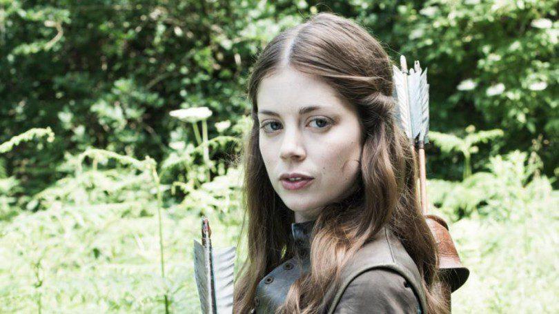 charlotte hope nel cast di the nun