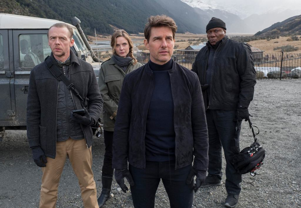 tom cruise e cast di mission impossible 6