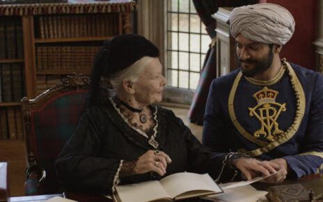 Due nuove clip italiane da Vittoria e Abdul, il film di Stephen Frears