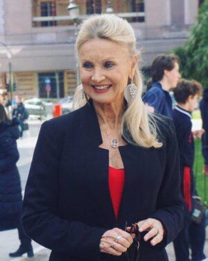 Interviste e foto dalla conferenza stampa di Metti la Nonna in Freezer