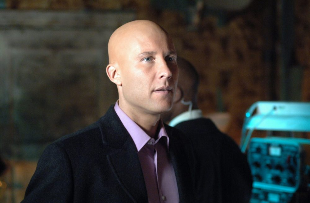 lex luthor smallville arrowverse