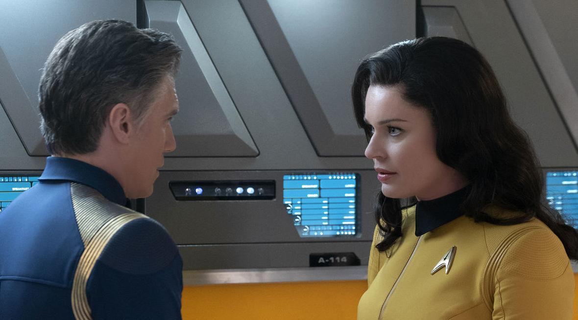 Star Trek: Rebecca Romijn coinvolta nello spin off dedicato a Christopher Pike?