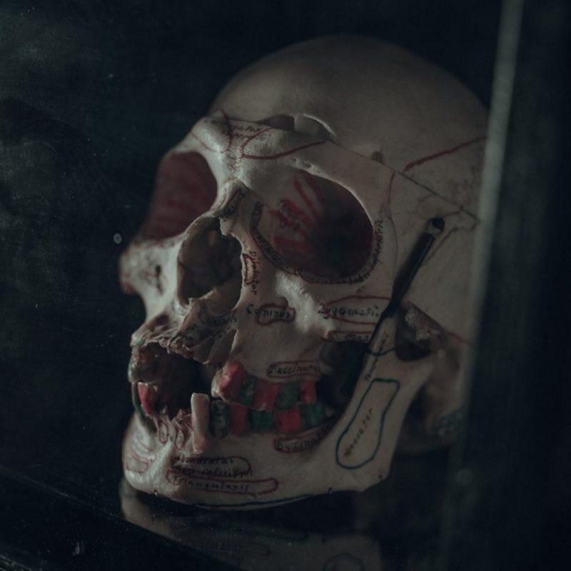 Un inquietante teschio nelle nuove foto di New Mutants