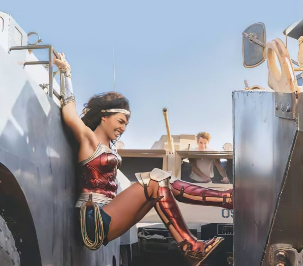 Tantissime foto ufficiali da Wonder Woman 1984