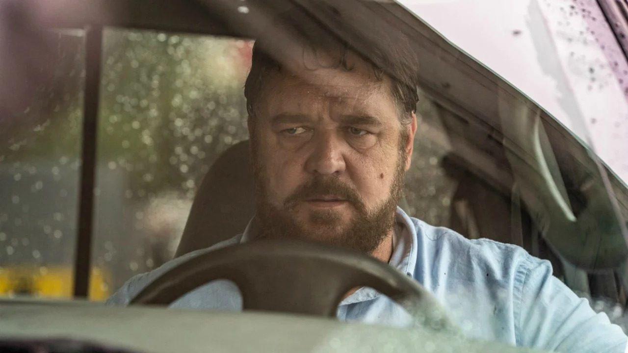 Russell Crowe fa paura nel trailer di Il Giorno Sbagliato