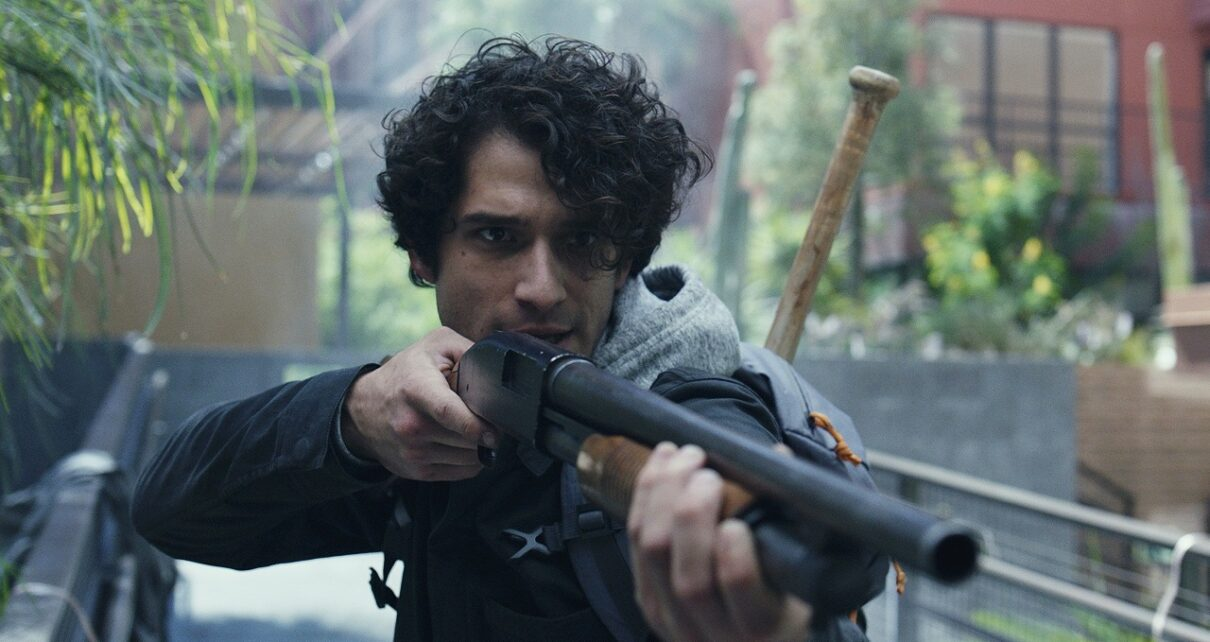 Alone Recensione Tyler Posey