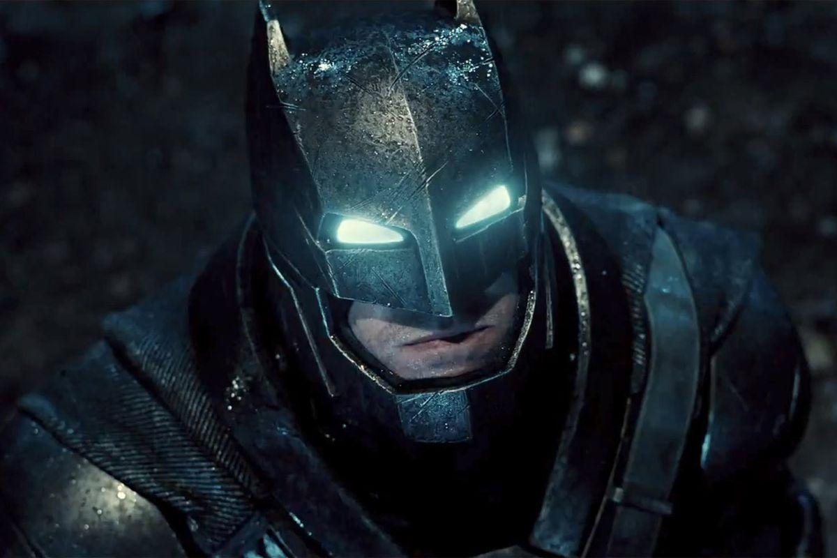 Batman v superman video imax