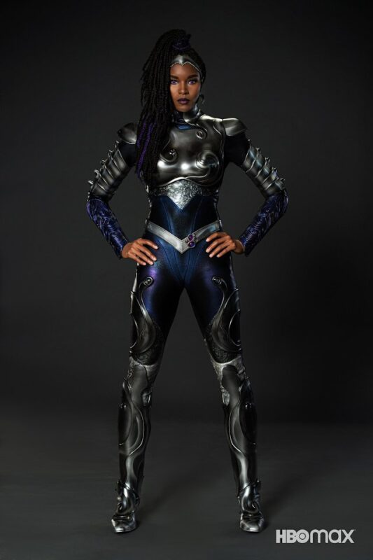 Titans 3: un primo sguardo al nuovo costume di Blackfire