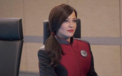 Jessica Szohr set the orville 3