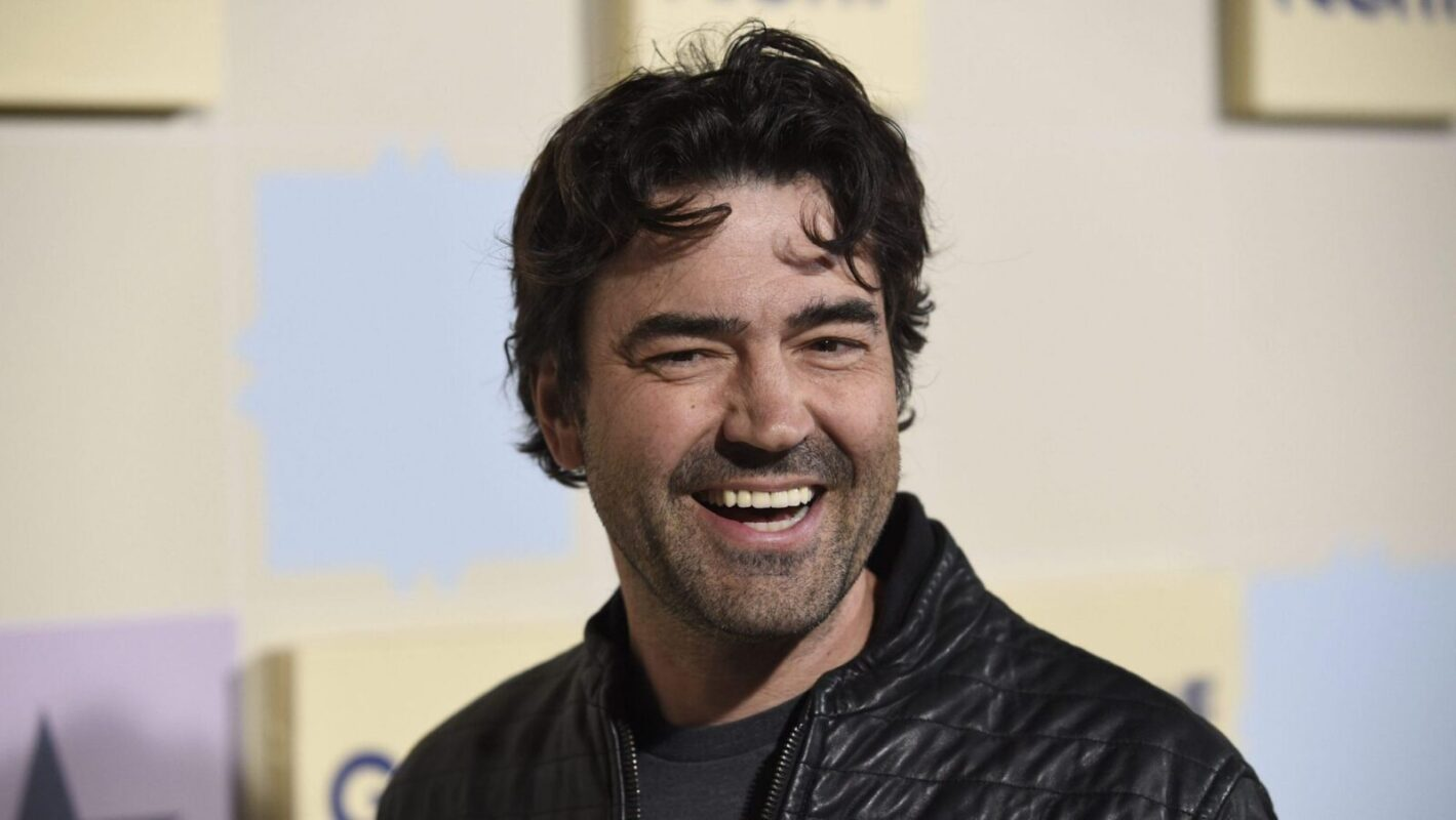 Ron Livingston in The Flash