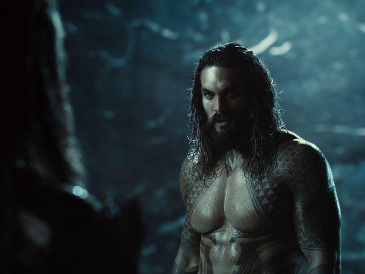 Snyder Cut: Flash, Batman e gli altri protagonisti nelle nuove foto