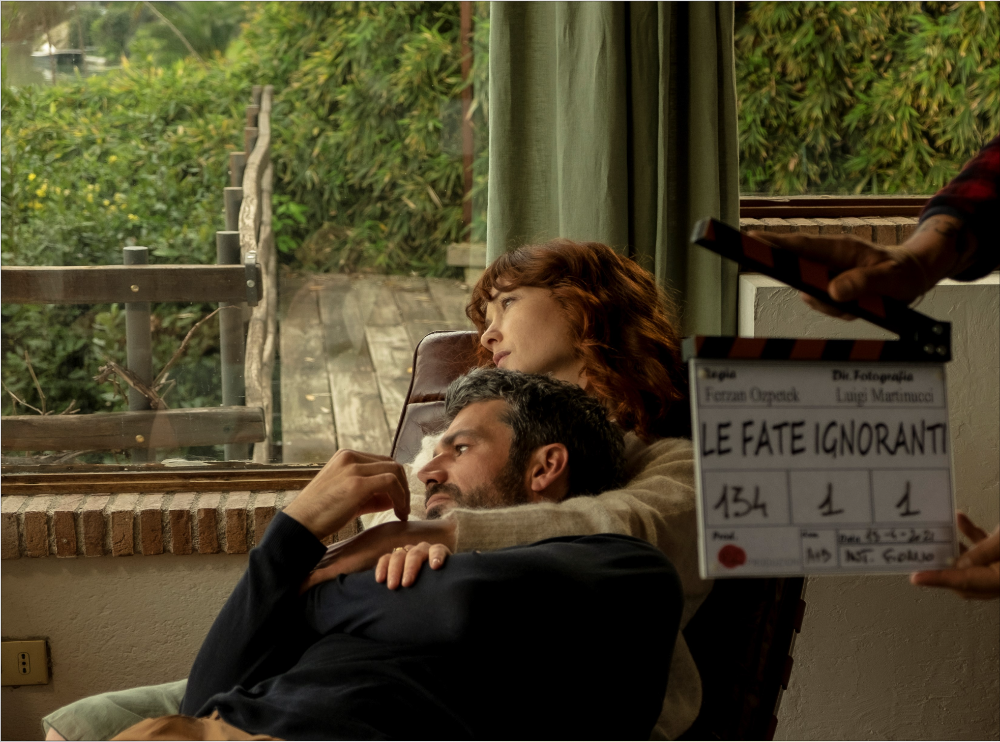 Le Fate Ignoranti: la foto del primo ciak della serie del regista Ozpetek