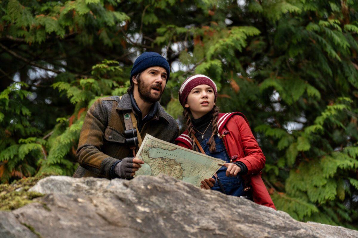 Foto e trailer dalla seconda stagione di Home Before Dark