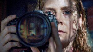 La donna alla finestra: recensione del nuovo film di Joe Wright