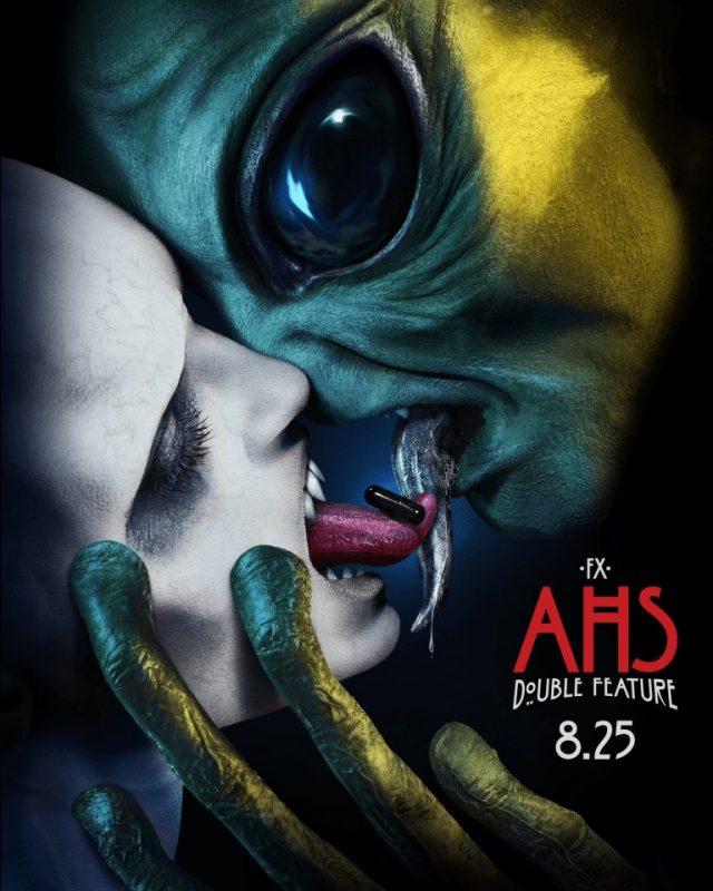 Uno strano bacio nel nuovo poster di American Horror Story: Double Feature