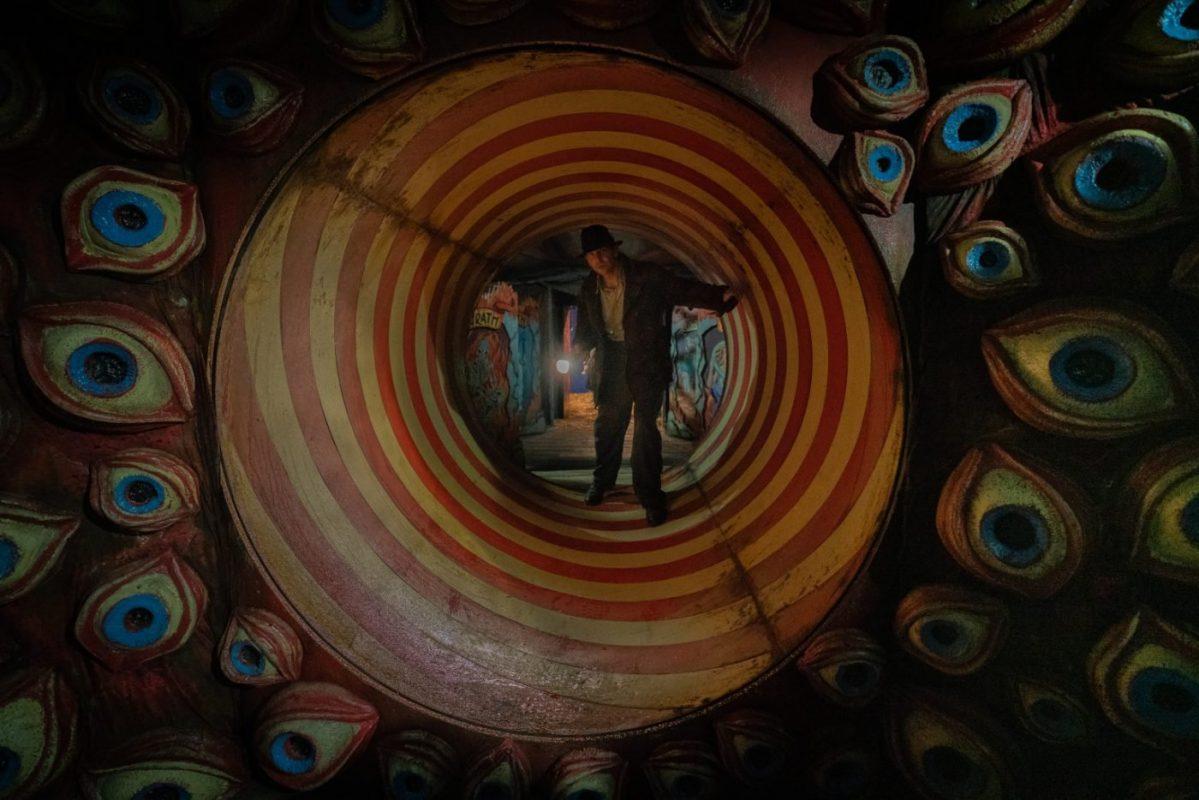 Tante immagini ufficiali da Nightmare Alley, il film di Guillermo Del Toro